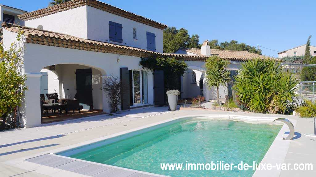 Excellent property with nice view sea on to the french riviera saint aygulf immobilier de with maison luxe