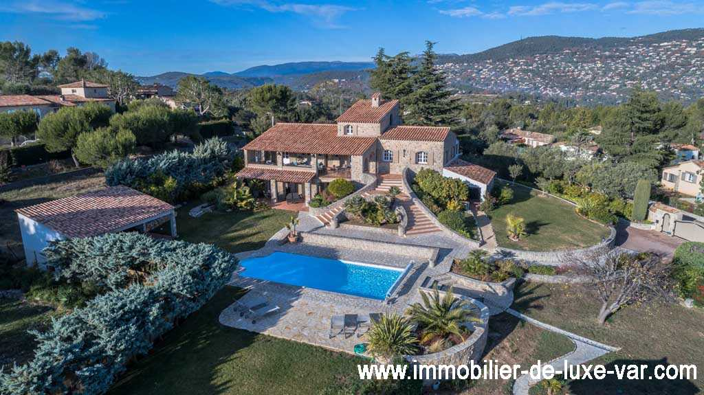 Superbe property in stone with view sea - PEYMEINADE